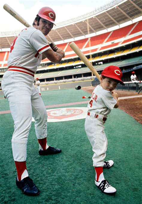 pete rose and son pete jr photos a baseball tradition