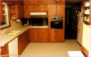 Knotty pine kitchen home design ideas