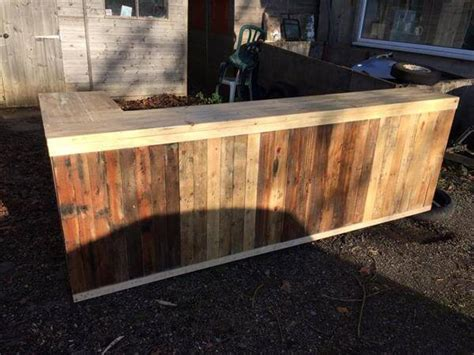 Country Kitchen Island Designs by Diy Pallet L Shape Desk Counter And Bar Table 99 Pallets