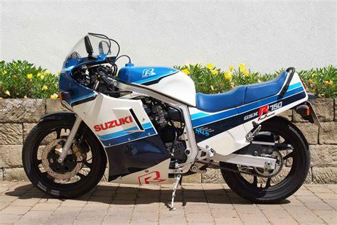 1986 Suzuki Gsxr 750 by 1986 Suzuki Gsx R 750 Moto Zombdrive