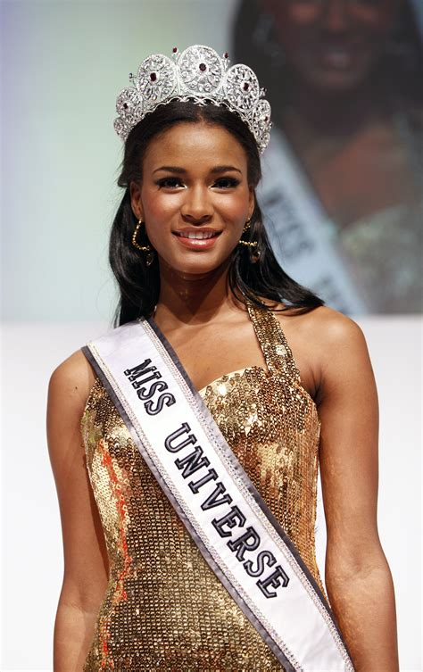 v b leila lopes attends international dusseldorf the