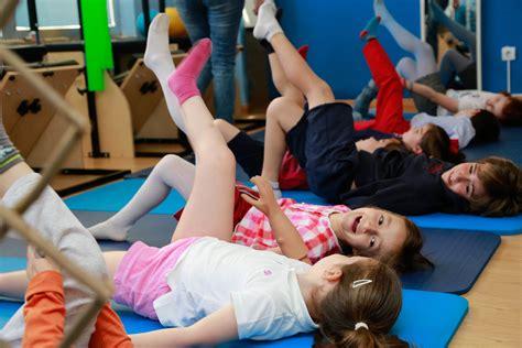 imagenes niños haciendo ejercicio ni 241 os haciendo ejercicio imagui