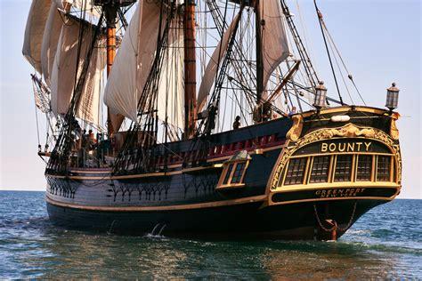 schip bounty hms bounty tall ship 7 9 2012 taken near newport ri at