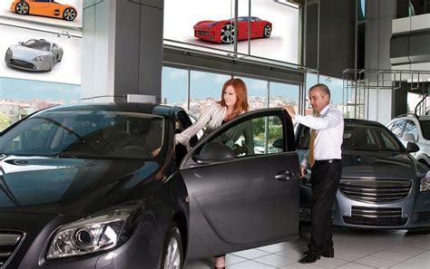 automotive sales dealer engage