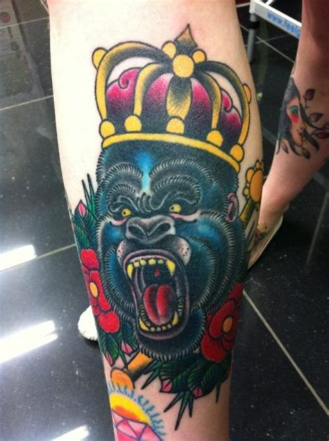 traditional gorilla tattoo gorilla zoeken school