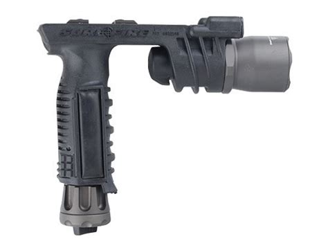 vertical grip with light surefire m910a vertical foregrip xenon white led bulbs
