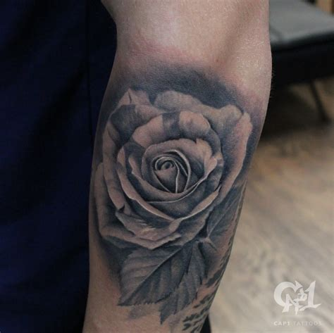 photo realism tattoo artist dallas cap1 tattoos tattoos capone photorealistic rose tattoo