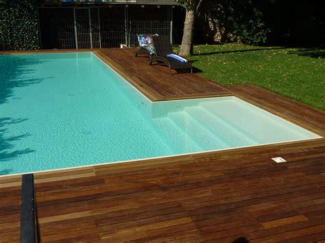 piastrelle per piscine prezzi piastrelle per piscina esterna pavimento per esterni