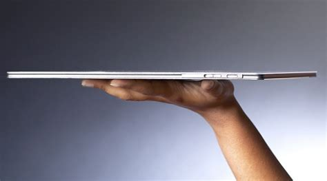 Intel Metro Worlds Thinnest Laptop by Macbook Air Beware Qualcomm S Smartbooks Will Be The
