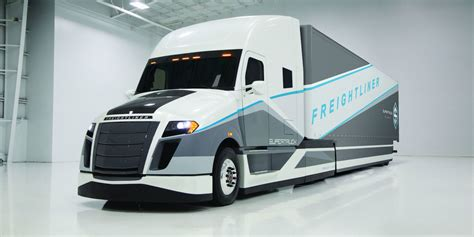 concept semi truck this hybrid big rig concept gets double the mileage of
