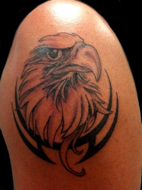 eagle shoulder tattoo eagle images designs