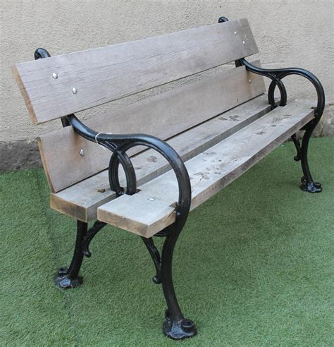 park bench ends a victorian cast iron park bench the ends modelled in an
