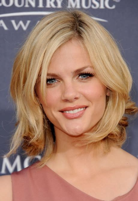 blonde mid lenth layers layered mid length hair