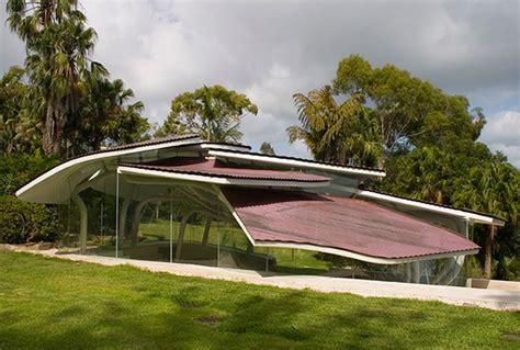 Unique Architecture of a Modern Mountain House Design Garden Viahouse.Com
