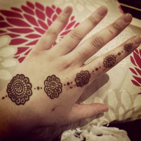 henna design small small henna designs for beginners google search mehndi