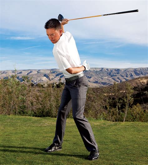 role of the right hand in the golf swing role of the right hand in the golf swing step one
