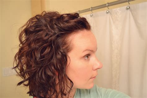 cute ways to curl your hair with a wand curly hair part 2 mama mandolin