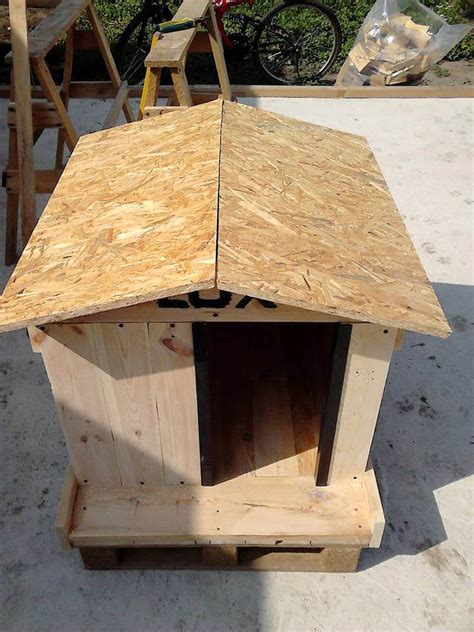 plywood dog house how to build a cool pallet dog house