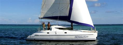 seaduced catamaran belize private charter sailing belize adventure tours with