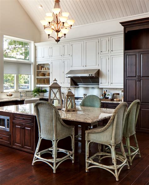 lake house kitchen ideas 207 best images about i cottage style on fluted columns cabinet door styles and