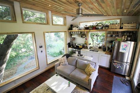 tiny cabin homes cabin tiny house swoon