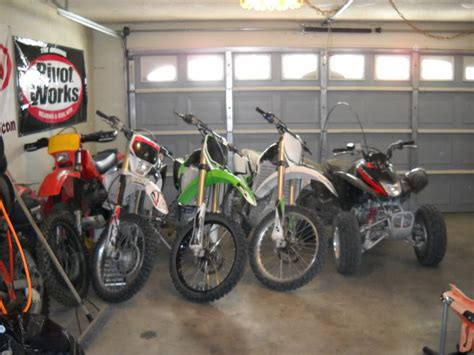 Dirt Bike Garage by Out In The Stables Your Garage Pics Dirt Bike Addicts