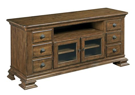 Kincade Furniture by Furniture Portolone Traditional Solid Wood