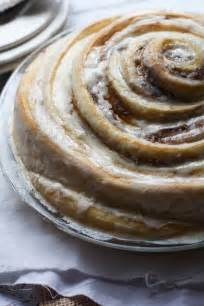 zimtrollen kuchen gooey cinnamon roll cake