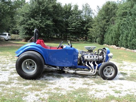 bantam roadster bangshift com a hemi powered 1932 bantam roadster