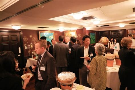 Uchicago Mba Cost by Cocktails And Conversation In Hong Kong Of