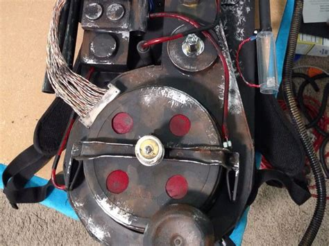 Diy Proton Pack by Who Built Epic Diy Ghostbusters Proton Pack Prepares