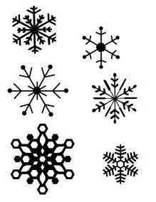 snowflake pictures to print diy snowflake window clings plus tips and the best method