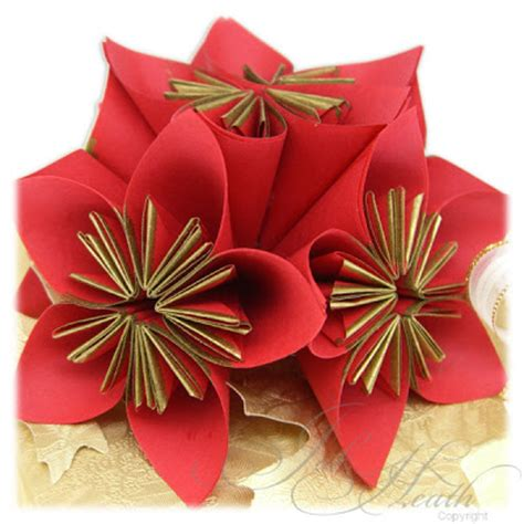 Paper Folding Flower - jak heath delights paper folding flowers