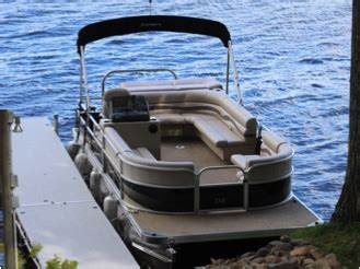 pontoon boat tube cleaner lake country marina cleaning