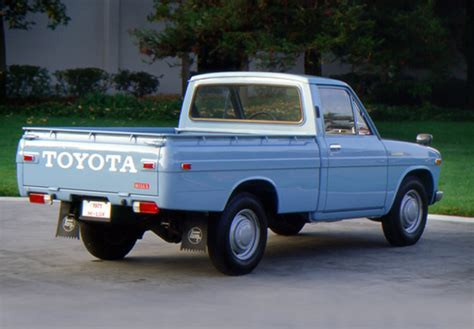72 Toyota Hilux Toyota Hilux 1968 72 Pictures 800x600