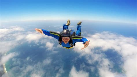 parachute dive australian skydive licenses explained what you need to