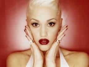Gwen Stefani by Chatter Busy Gwen Stefani Plastic Surgery