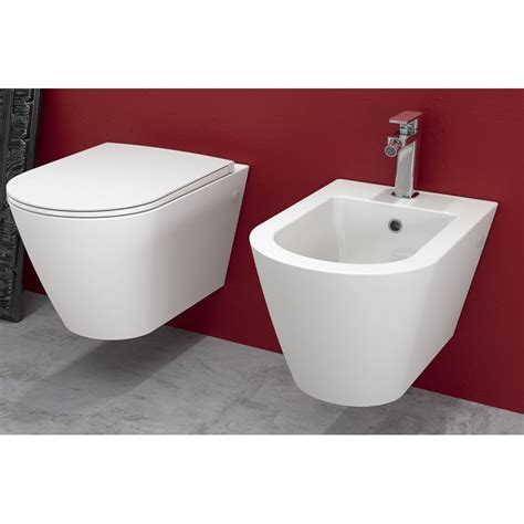 vaso e bidet rak ceramics sanitari sospesi resort rimless con