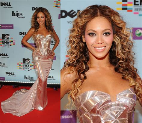 Beyonce Looks Oh So Thrilled by Beyonc 233 S Best Carpets Look Oh No They Didn T