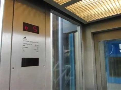garage bremen thyssen m a n scenic traction elevator at a parking