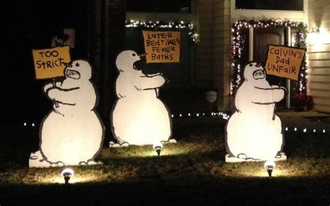 calvin and hobbes christmas lawn decorations