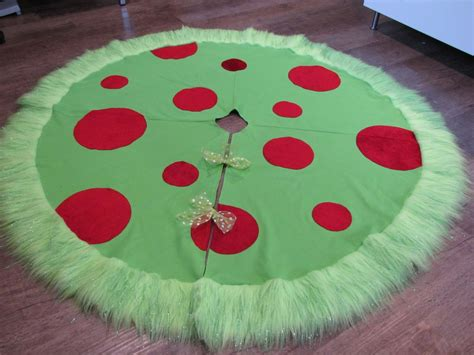 grinch tree skirt tree skirt grinch theme lime green twill with plush appliqued dots with green