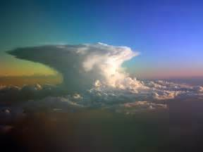 wallpaper awan cumulonimbus sistem koloid wallpaper