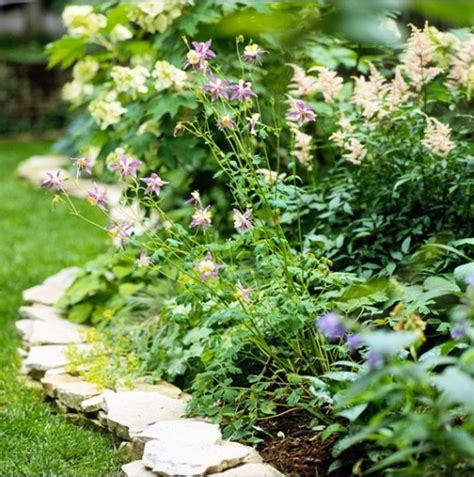 Garden Edging Ideas For Flower Beds Flagstone Edging Flower Bed Garden Ideas Pinterest