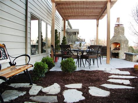 outdoor fireplaces  fire pits diy