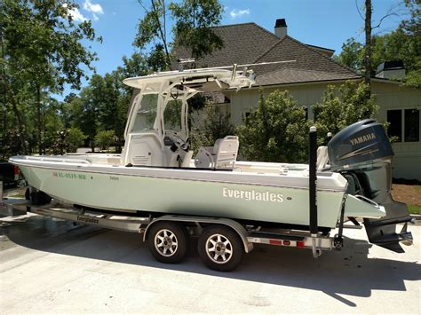 everglades boats forum 2009 243 everglades 243cc the hull truth boating and