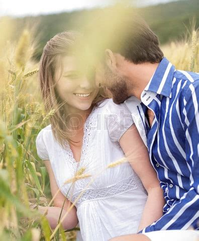 couple wallpaper dp cute couple love wallpapers and profile pictures page 5