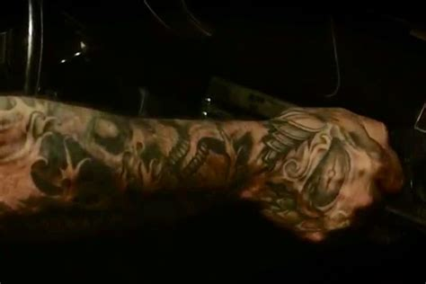 aaron lewis tattoos pic of aaron lewis s tattoos on his right arm
