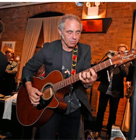 nils lofgren charitybuzz guitar lesson with nils lofgren at