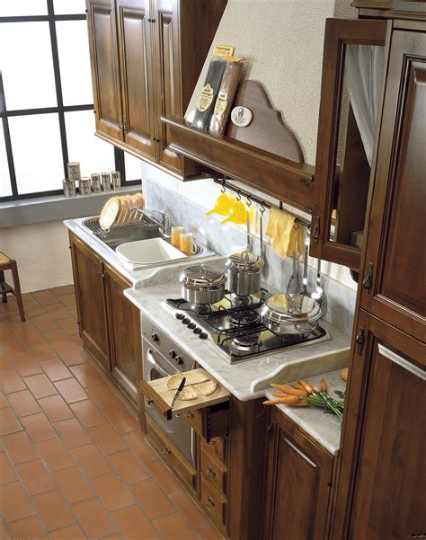 cucine in legno massiccio cucine in legno massiccio massello cucina cucina il borgo